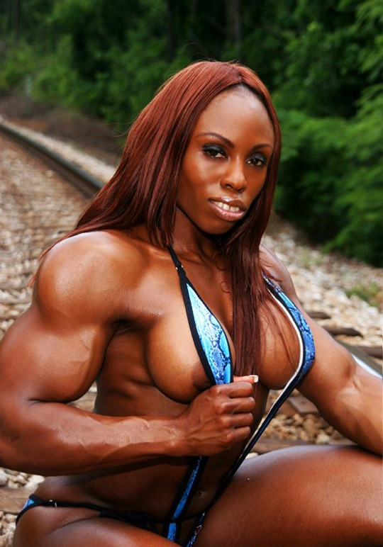 Black female muscle mistress nude