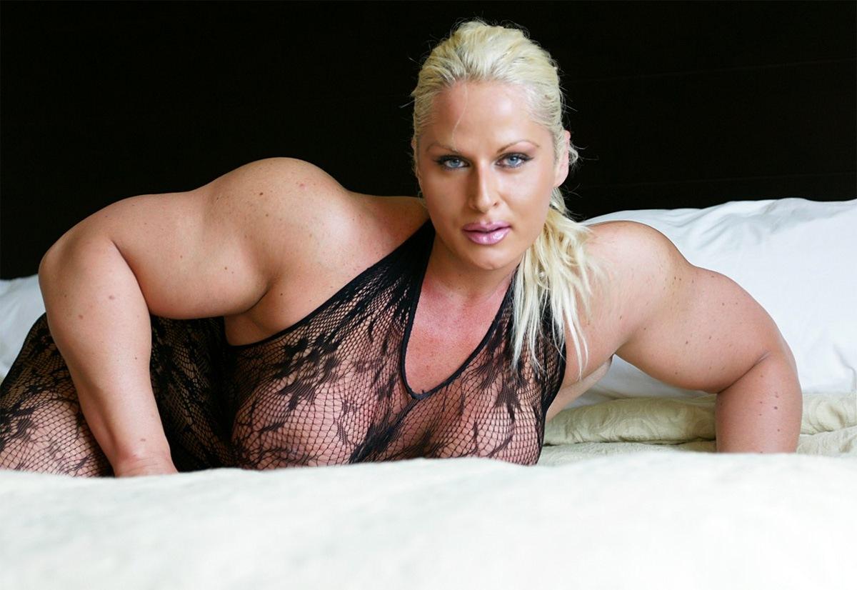 Muscular woman flex fetish