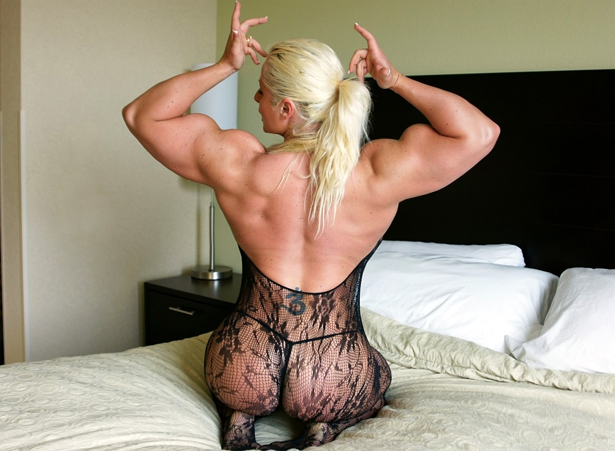 big boobs female bodybuilder