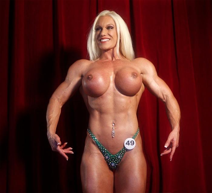 Muscle girls big tits