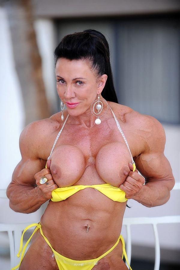 Enter Naked Muscle Girls Now >>>