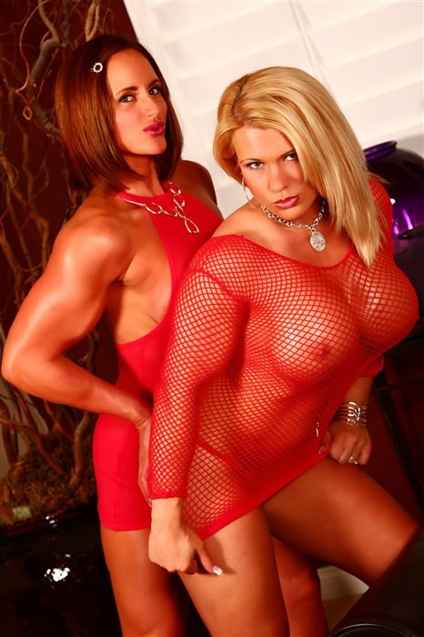 seduction lesbian Muscle babe