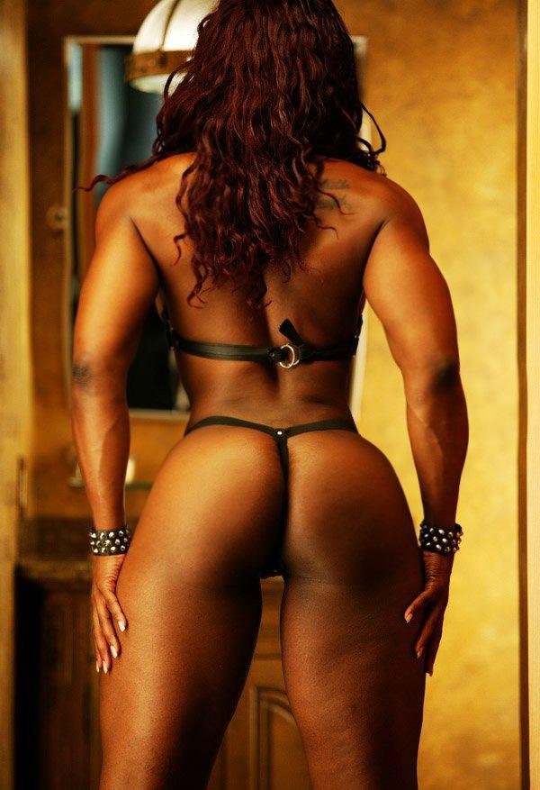 Big Strong Muscular Black Mistress Bondage Posing  Muscle -4293