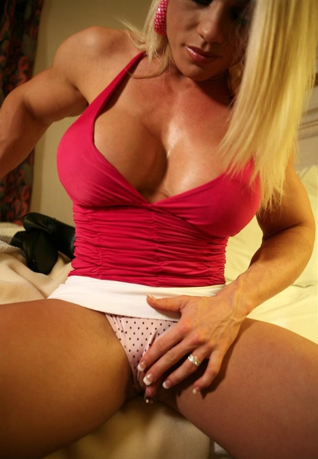 Busty blonde muscle naked — 4