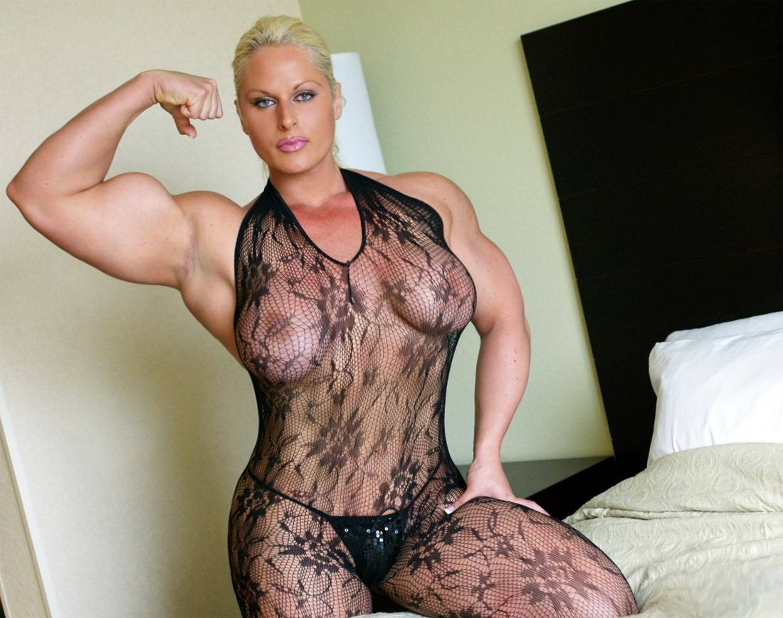 Incredible Massive Thick Muscular And Beautiful Woman Fleing In Bed