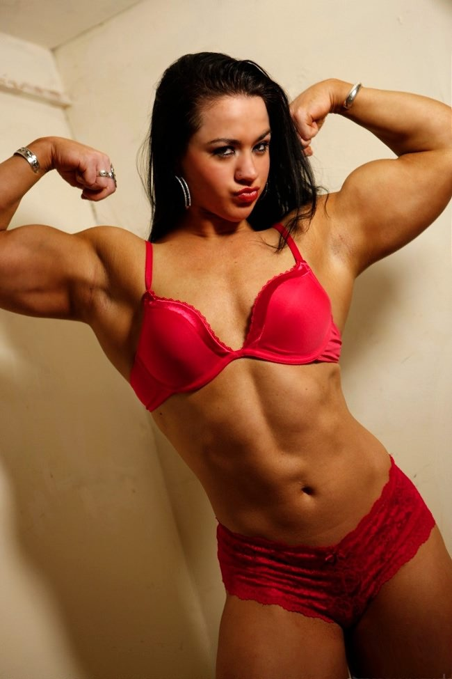 Gorgeous Young Muscle Girl Shows Her Sexy Muscles In Red -2821