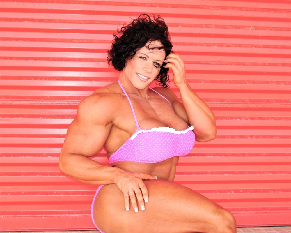 Female Bodybuilder Huge Tits