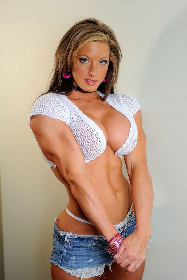 image Muscle goddess on webcam no sound