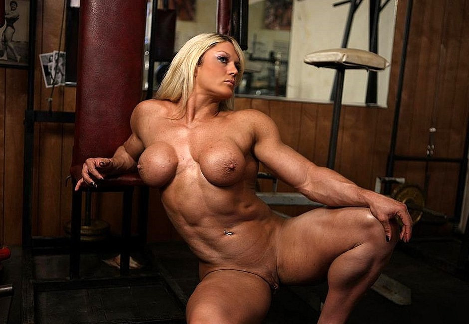 Massive Blonde Female Bodybuilder Loves Working Out Naked