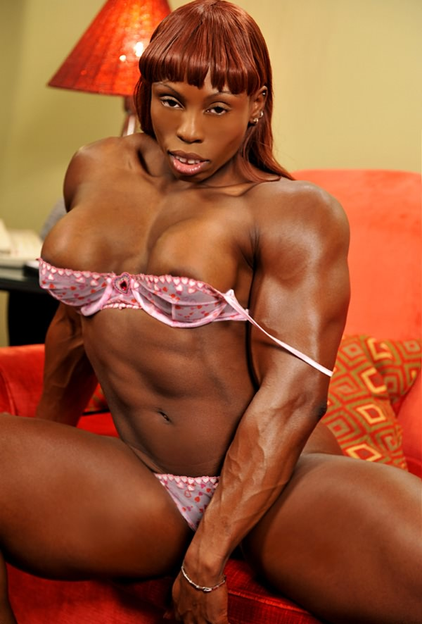 Muscular Ripped Black Mistress Shows Off Her Massive -3069