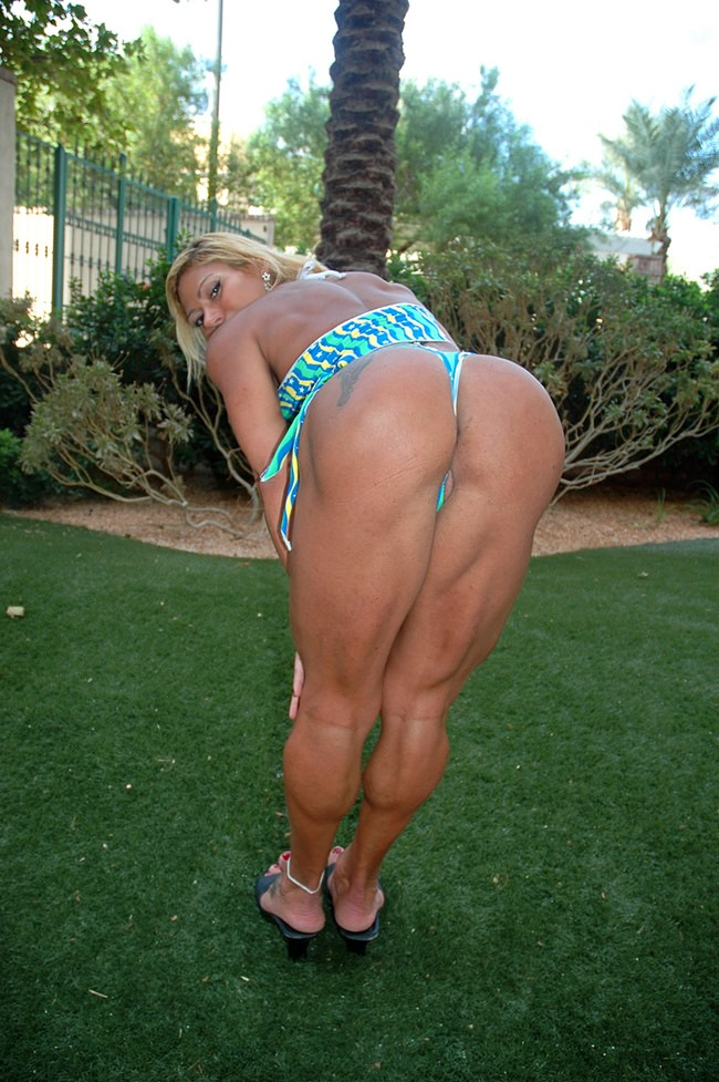 muscle girl ass