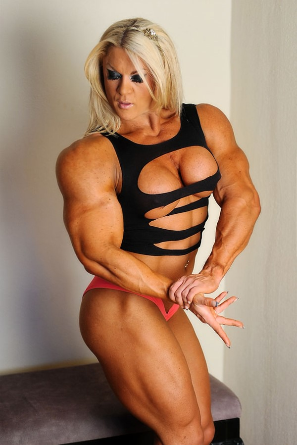 Massive Beautiful And Muscular Blonde Mistress  Muscle Girls-6400