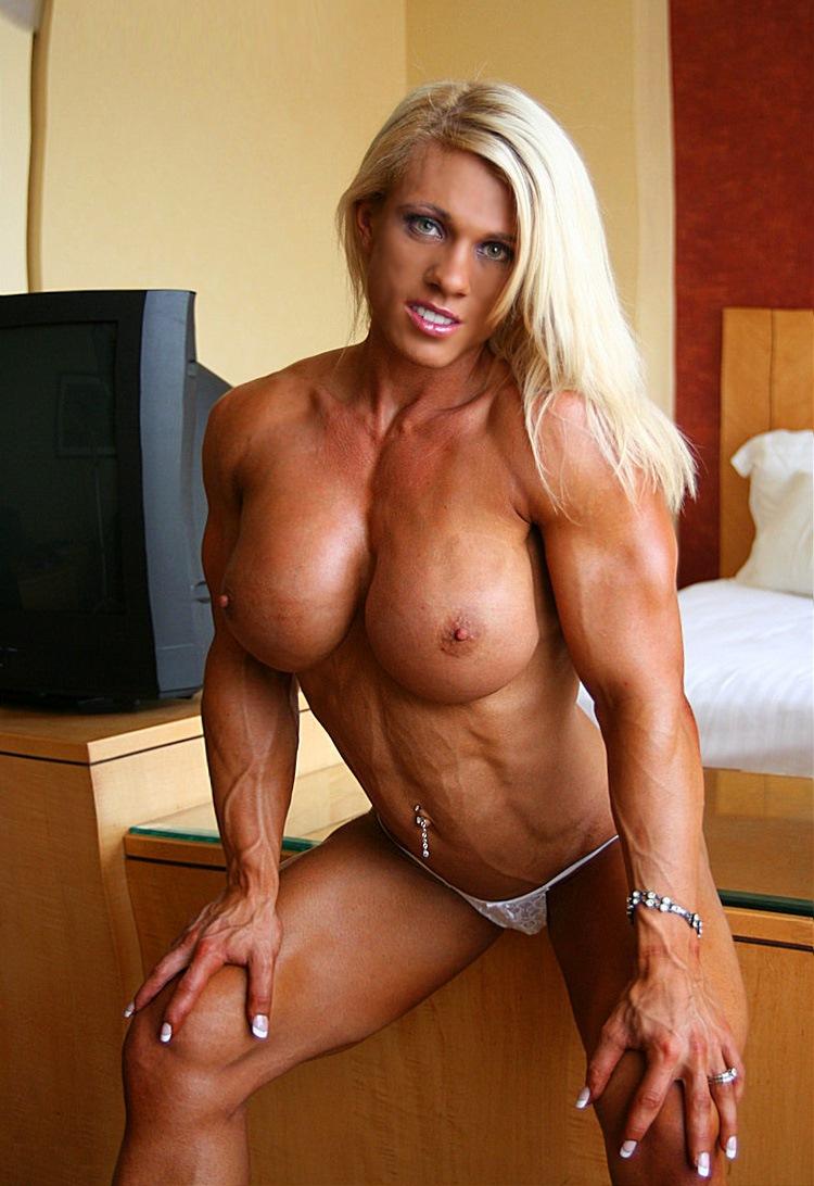 hot muscular women