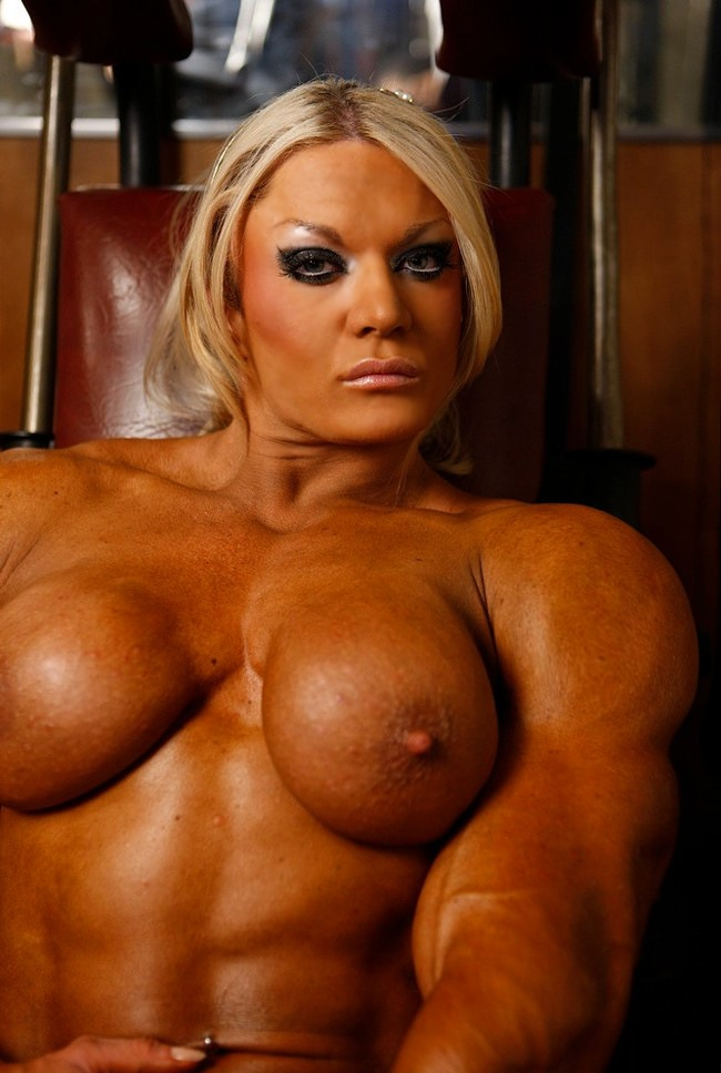 Blonde muscle girl sex