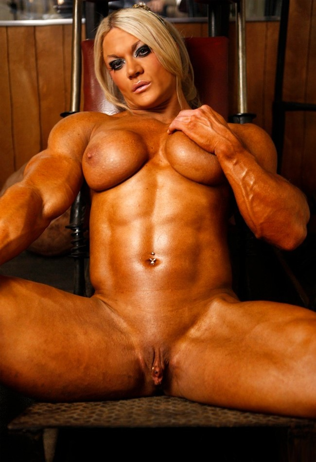 muscle nude women
