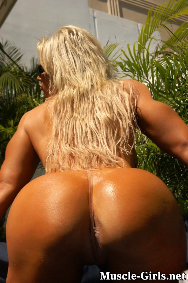 large muscular bottom woman