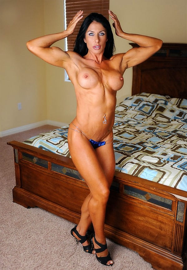 Nude Teen muscle girl