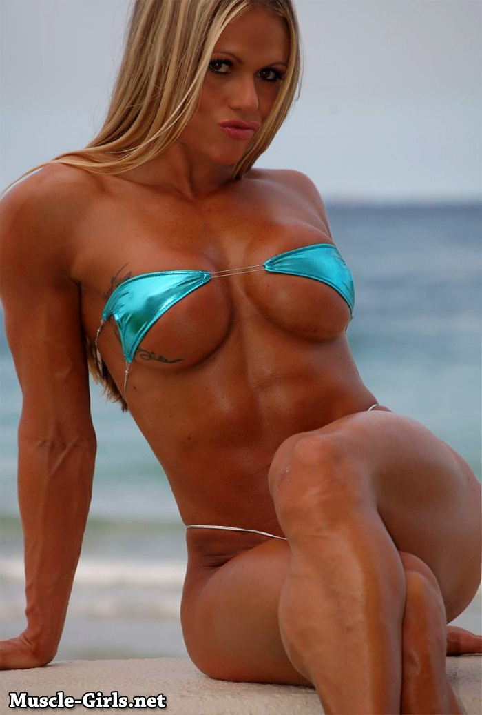 Beautiful Blonde Fitness Goddess Larissa Reis Bikini -8693