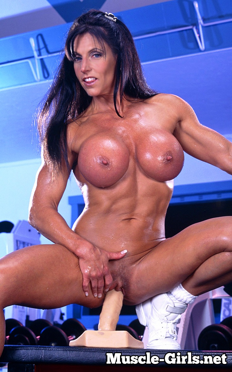 Muscle big tit naked girl-8217